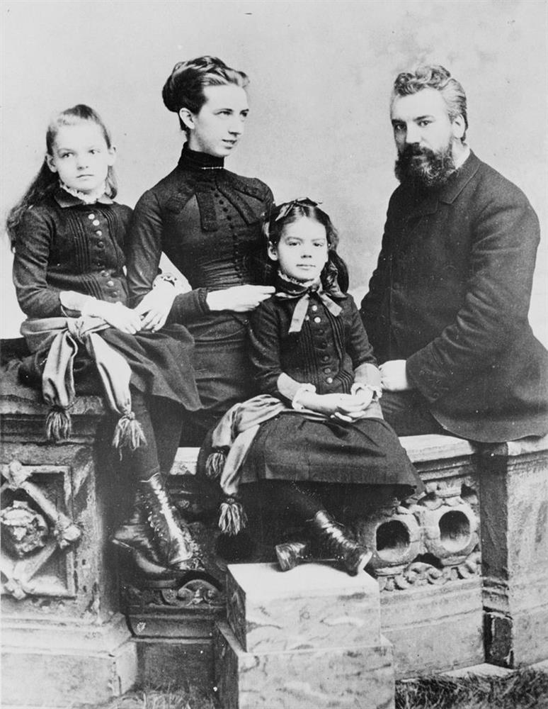AG Bell and Family